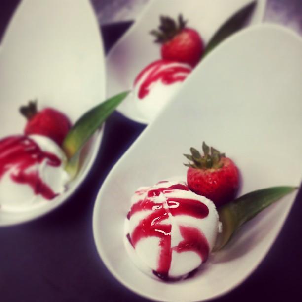 lemon-sorbet-with-strawberry.jpg
